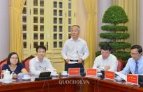Deputy Minister of Industry and Trade Tran Quoc Khanh announces some basic contents of the law amending and supplementing a number of rules of the insurance business law and the intellectual property law